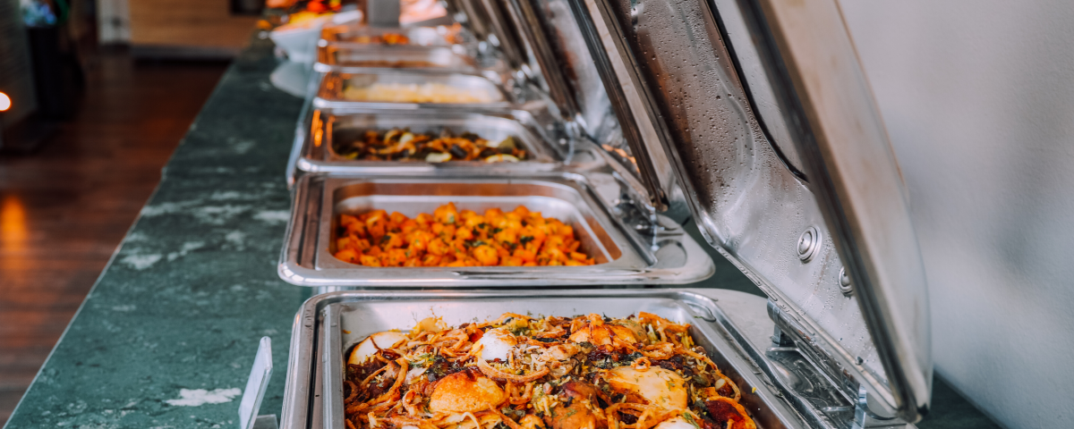 food in catering tins, st. louis corporate catering services